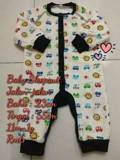 Jumpsuit for babies (all in one price)