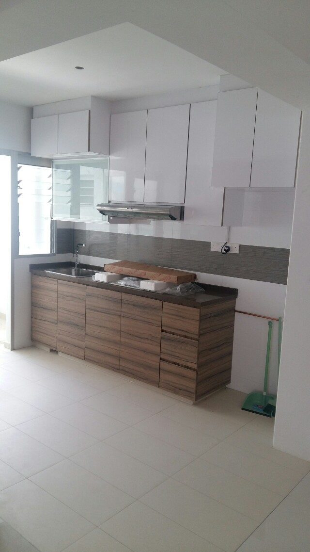 2018 BTO & Resale Kitchen Cabinet, Furniture, Home Decor on Carousell