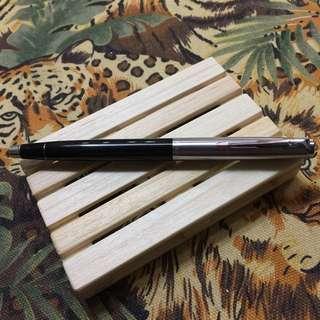絕版墨水筆(收藏多年,未用過,當中可能會有些歲月痕跡)