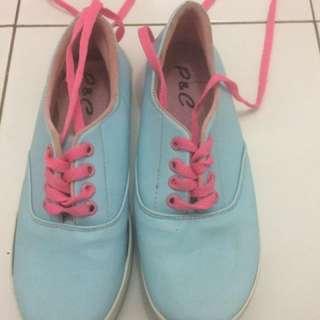 Sneakers baby blue
