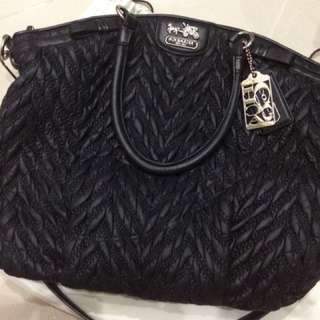 Coach Madison Chevron LE