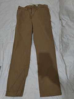 Pants - Old Navy Khakis - Size 31