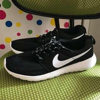 全新 nike roshe鞋 39號鞋