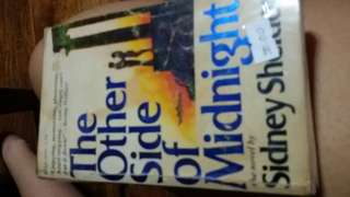 Sidney sheldon:the other side of midnight