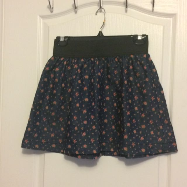 21 Denim Floral Skirt - M