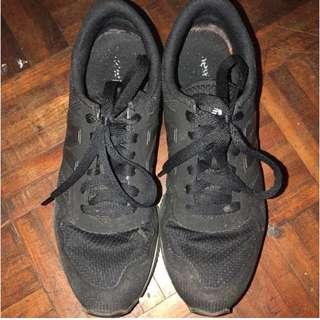 NEW BALANCE Women Sneaker US 6
