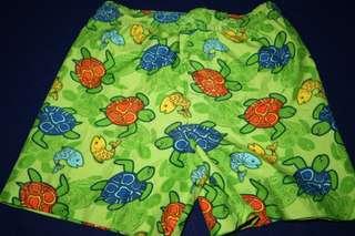 Celana Pendek import