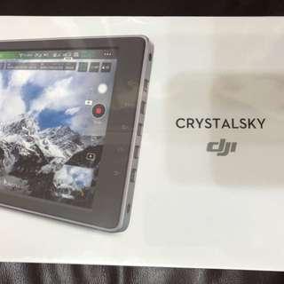 Crystal Sky充電器x1 及電池x2 (走機遺物,未用過)