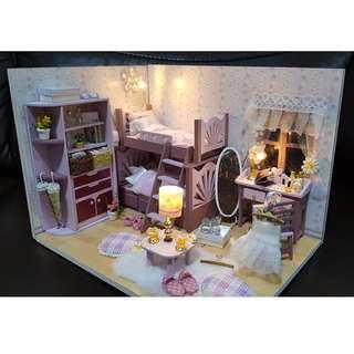 Assembled Miniature Doll House Model (Pink Bedroom Set)