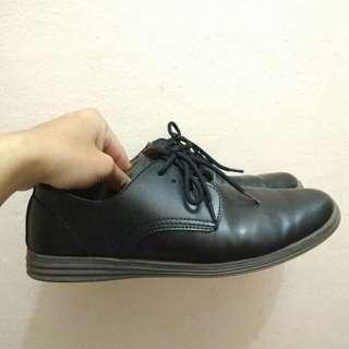 Sepatu pantofel kerja formal pria original