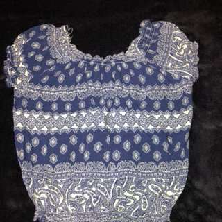 Patterned crop top. NZ size 8