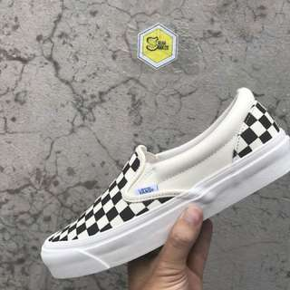 Vans vault slipon checkerboard black & white og lx