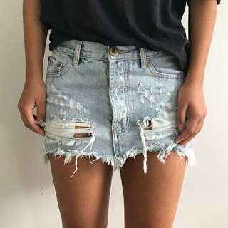 One Teaspoon Junkyard mini skirt (size 6-8)
