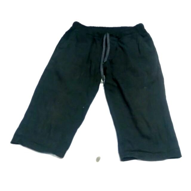 2 celana pendek