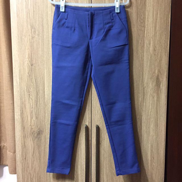 藍修身彈性休閒九分褲