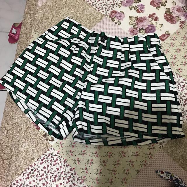 綠色韓貨短褲