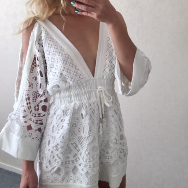 ALICE MCCALL LOOKALIKE PLAYSUIT WHITE BRAND NEW