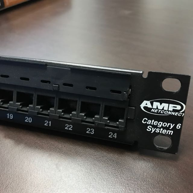 AMP Netconnect CAT 6 patch Panel Network 24 Port