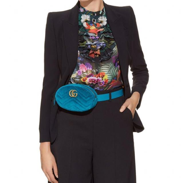 2ce107b0a7f9f Authentic Gucci Velvet Belt Bag in Turquoise