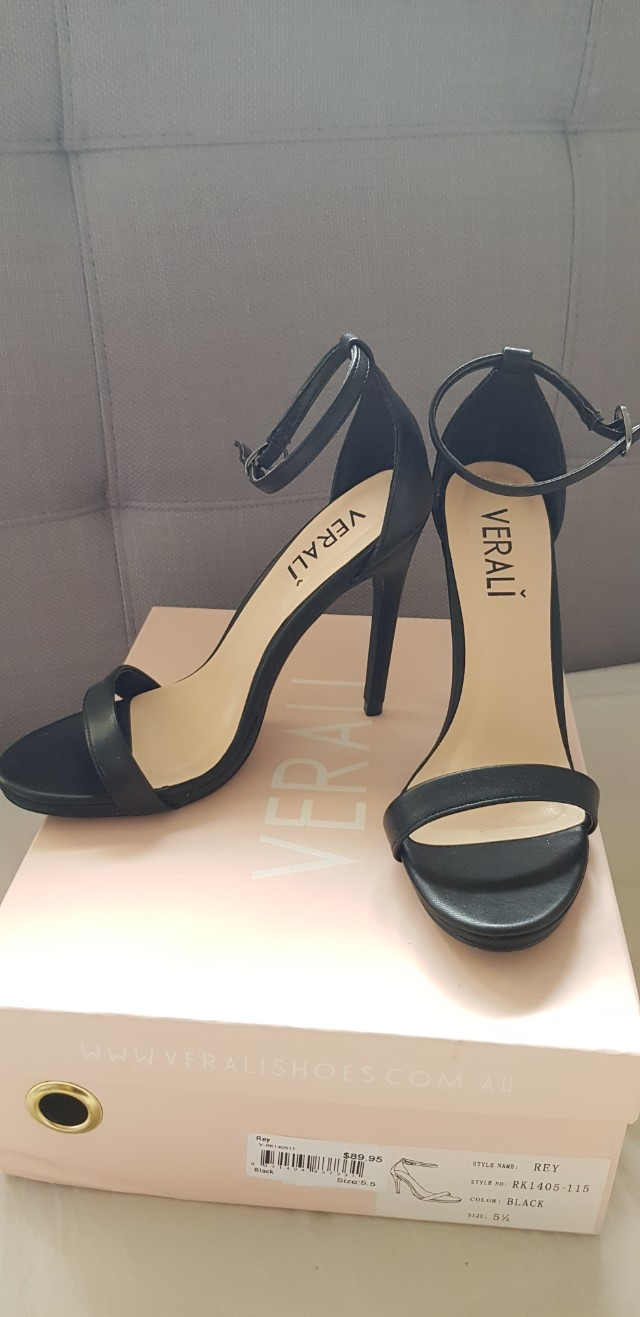 Black high heels size 5.5