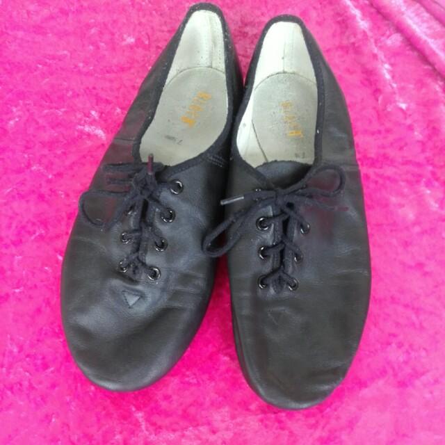 Bloch jazz dancing shoes women 7 1/2