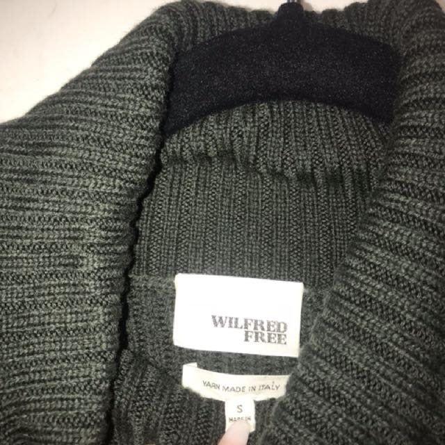 BNWOT Aritzia - Wilfred Free Lin Sweater