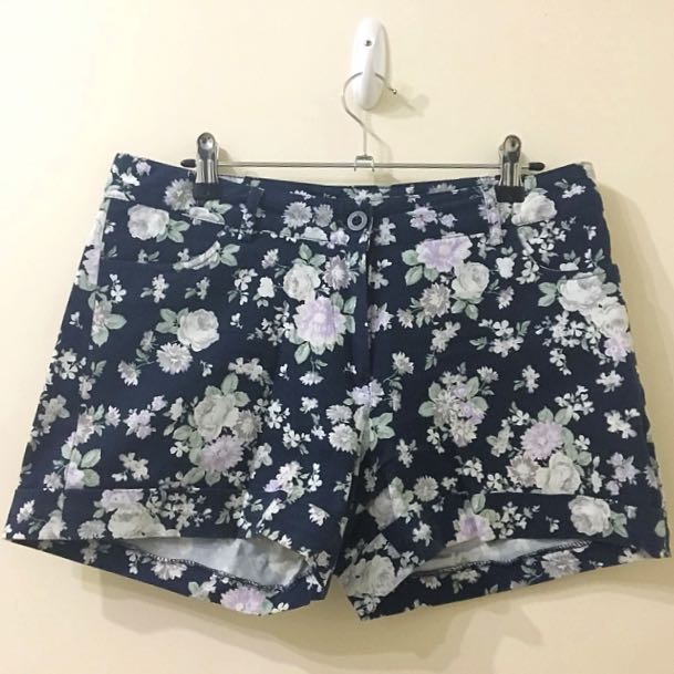BNWOT Connexion Navy Shorts with Floral Pattern