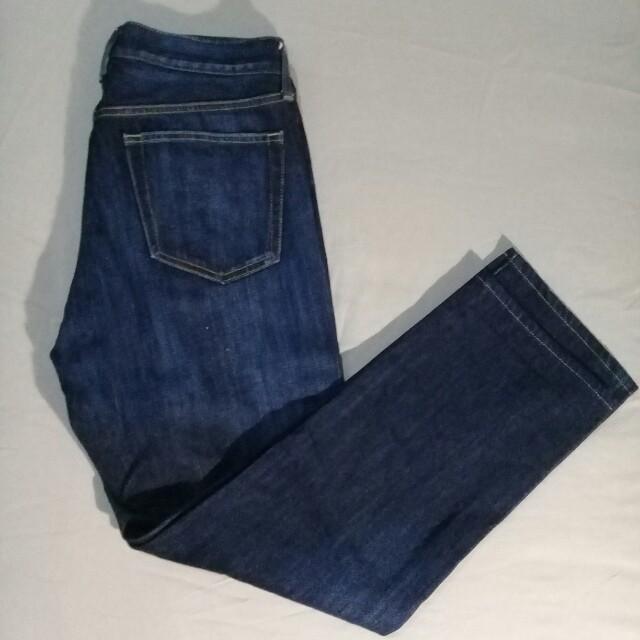 Celana Jeans Uniqlo Straight Cut