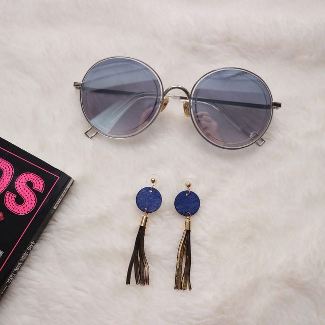 Chlobe Sunglasses & Orombey Earrings