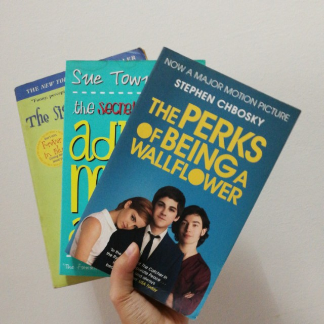 Coming of Age books/novels (perks of being a wallflower, the secret diary of Adrian mole, the sisterhood of the traveling pants)