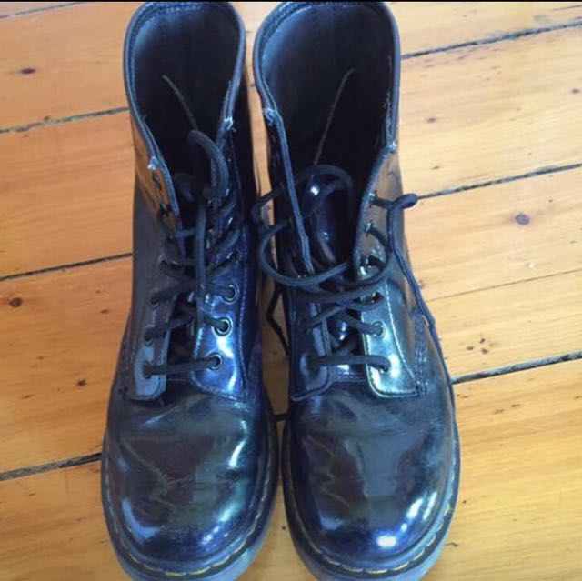 Docs Dr Martens Black Patent Leather