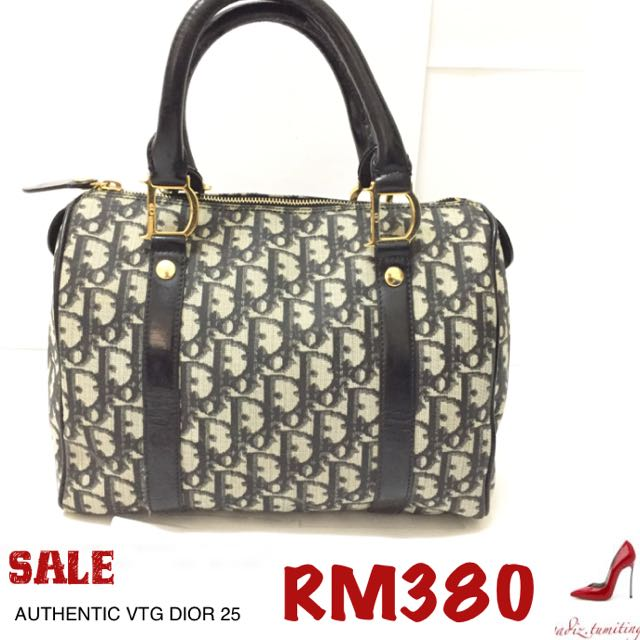 FAST DEAL!! AUTHENTIC CHRISTIAN DIOR SPEEDY 25