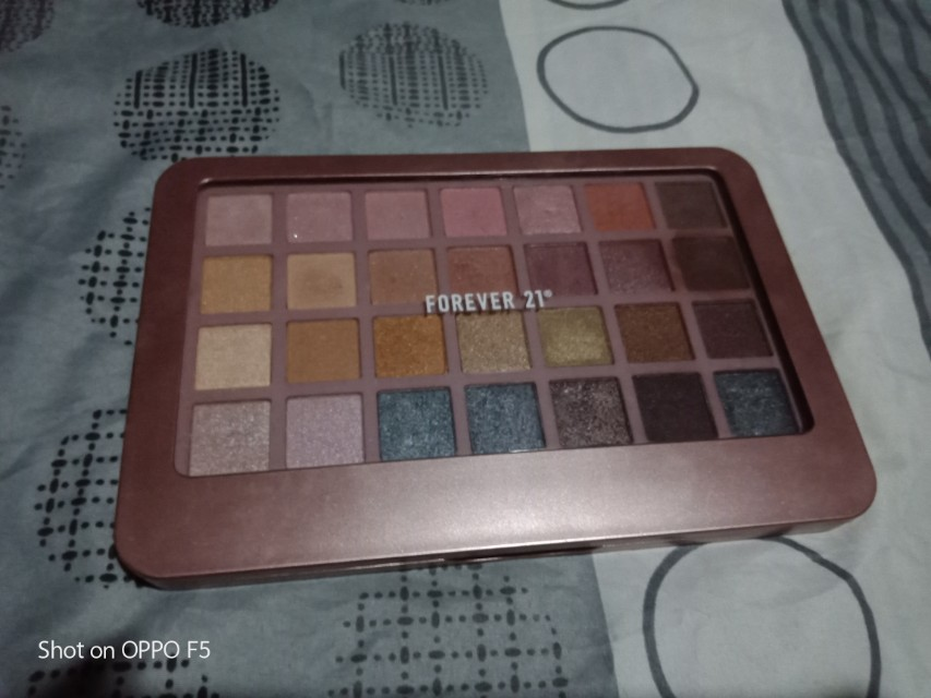 Forever 21 eyeshadow pallete