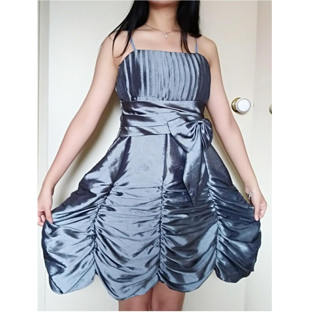 Girl's Formal Dress Size 12-14 (Women's S/6)