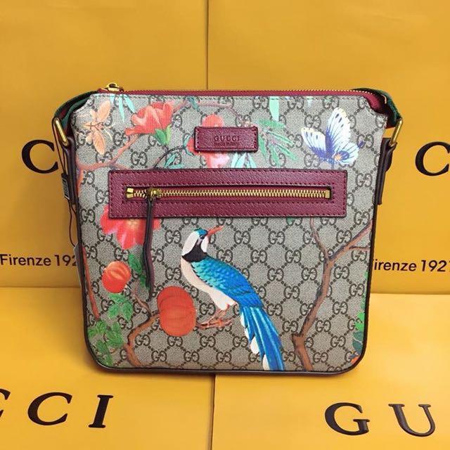 Gucci Slingabg 87b86bab23d7c