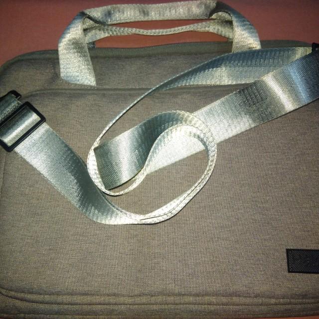 Halo laptop bag color grey