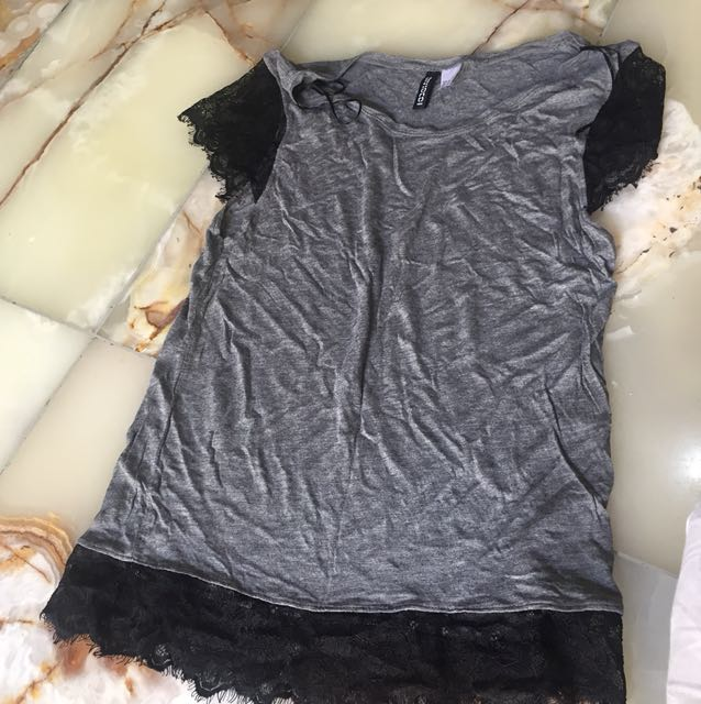 H&M grey shirt with lace sleeves