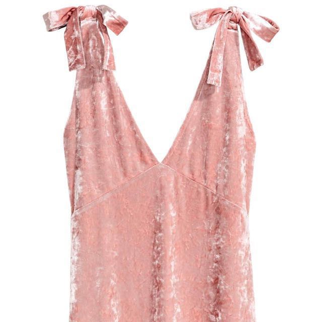 H&M pink velvet dress- brand new with tag