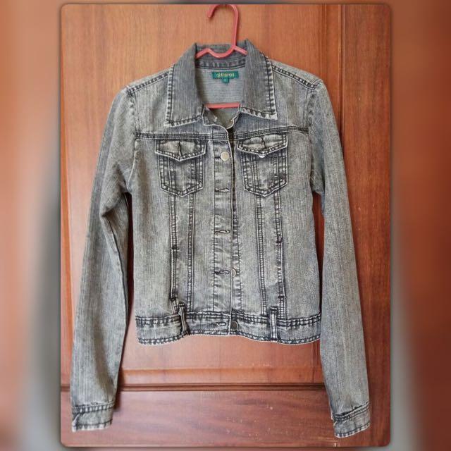 Jaket Jeans Hitam-abu (size s)