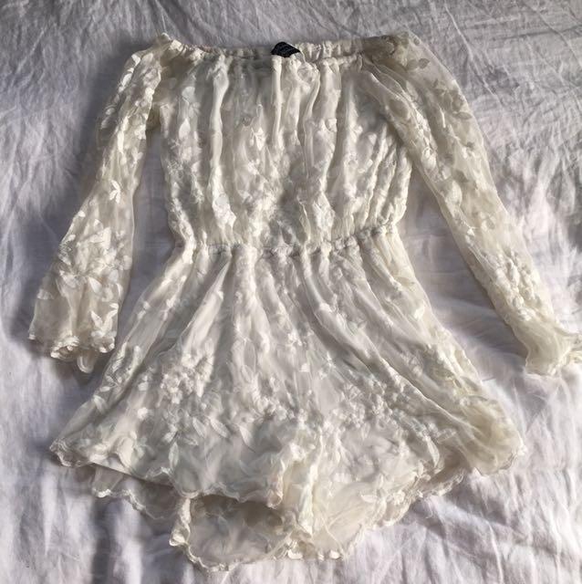 Lace play suit