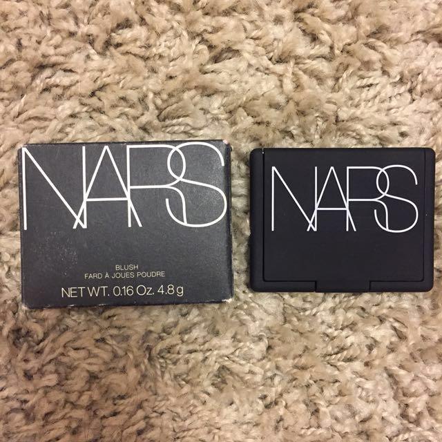 NARS Highlighting Blush Powder in LoveJoy