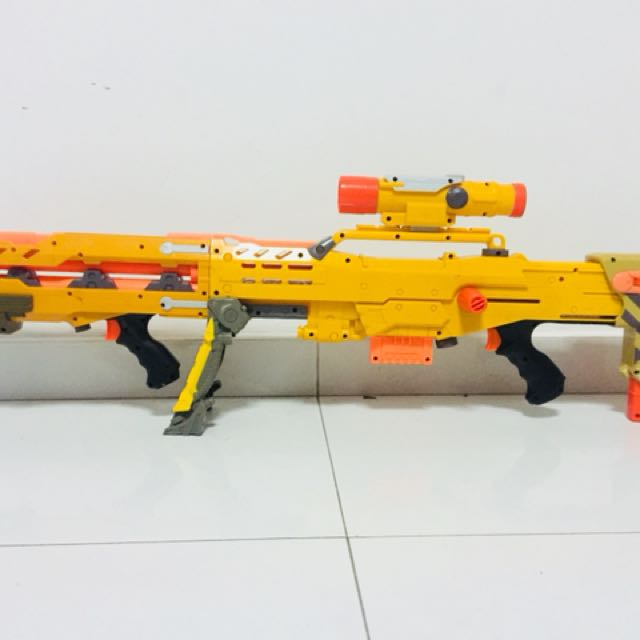 My painted Nerf gun with real scope :D