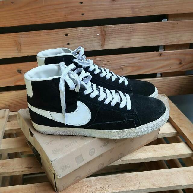 Nike blazer classsic black white