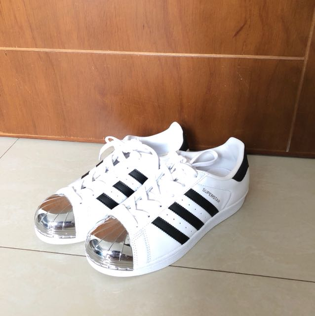 NWOB Adidas Superstar Metal Toe Size US 5.5 UK 4 EU 36.5