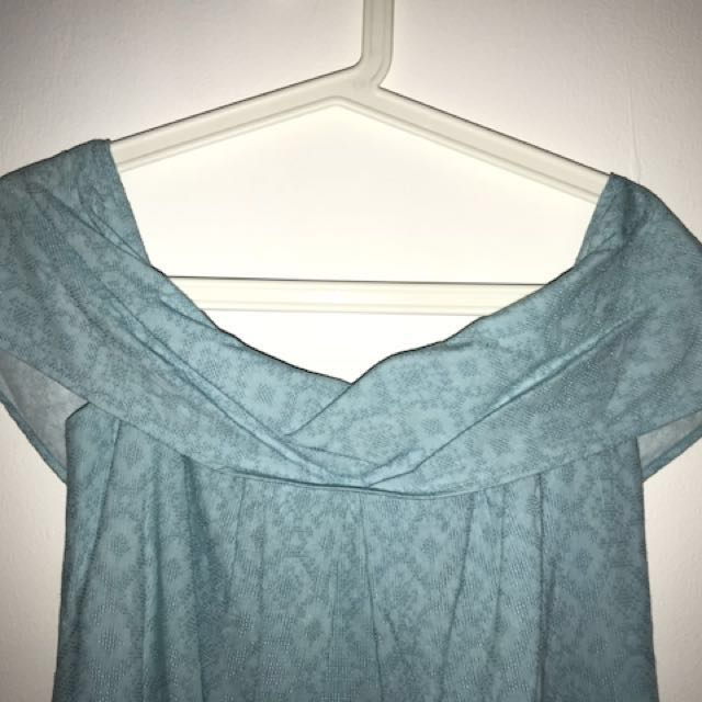 (Only used once) Off-Shoulder Blue Top