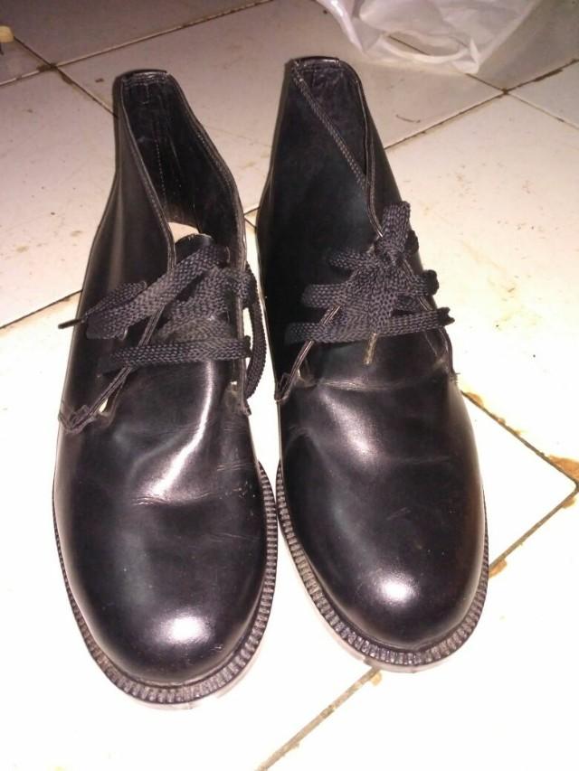 Pantofel TNI AD