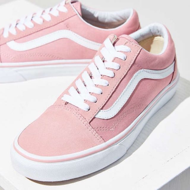 Pink Old Skool vans