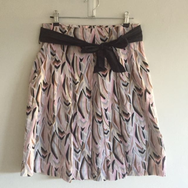 Pink-patterned a-line skirt
