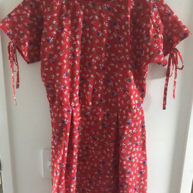 PrettyLittleThings red day dress