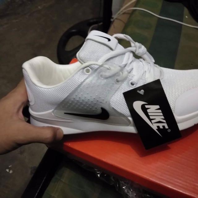 Replica Nike